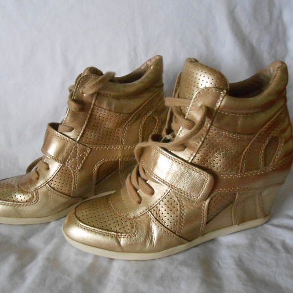 e1b990c11d07 Ash Shoes - Ash Limited Edition Bowie Gold Wedge Sneakers  250